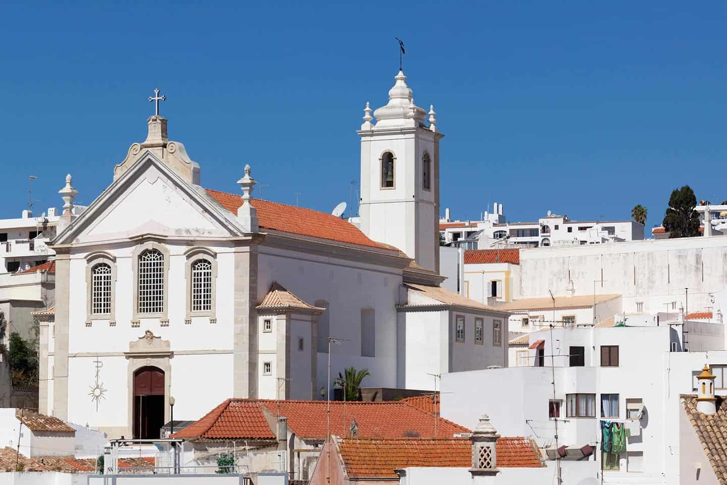 What to do in Albufeira Image of church in the Old Town