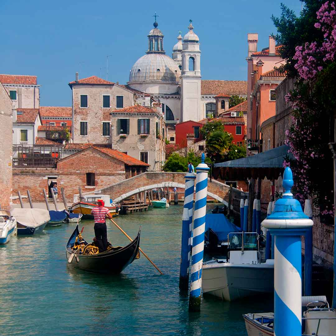 Image of the Rio degli Ognissanti canal in Dorsoduro, Venice