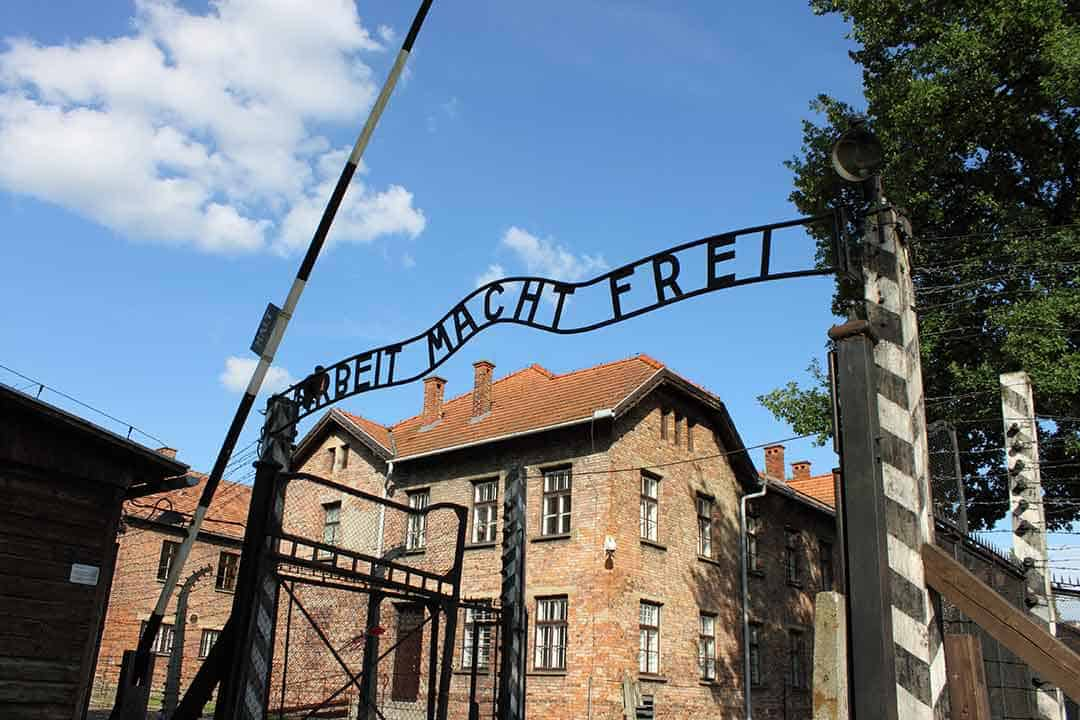 Image of the 'Arbeit macht frei' gate at the entrance to Auschwitz concentration camp
