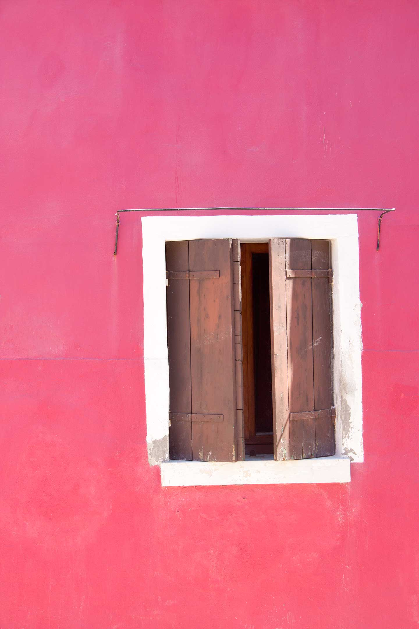 Image of pink house on Burano