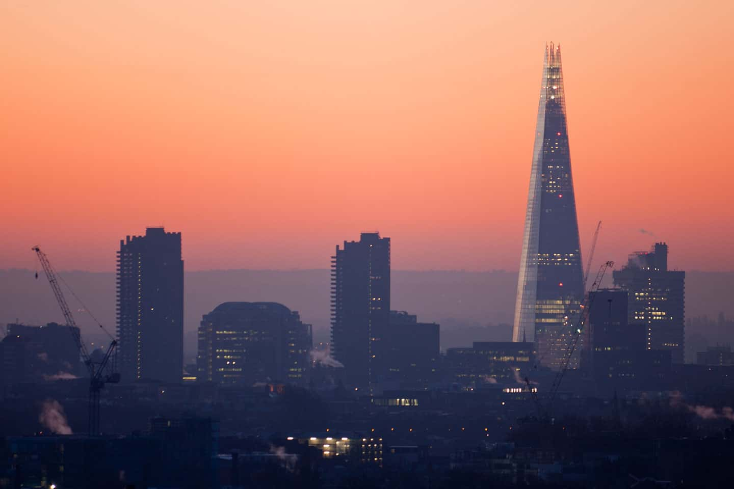 Image of the Shard skyscraper in London at dawn