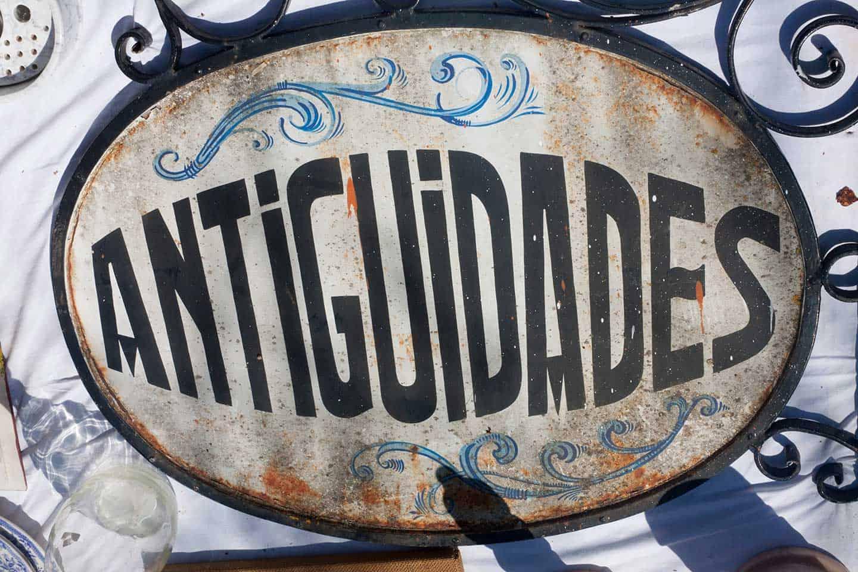 Image of antiques sign in Portuguese at Estremoz market