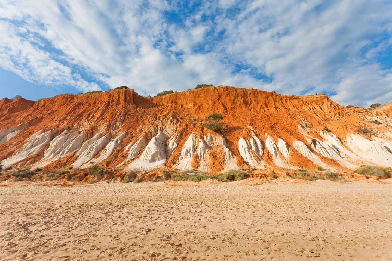 Image of cliffs at Praia da Falesia beach