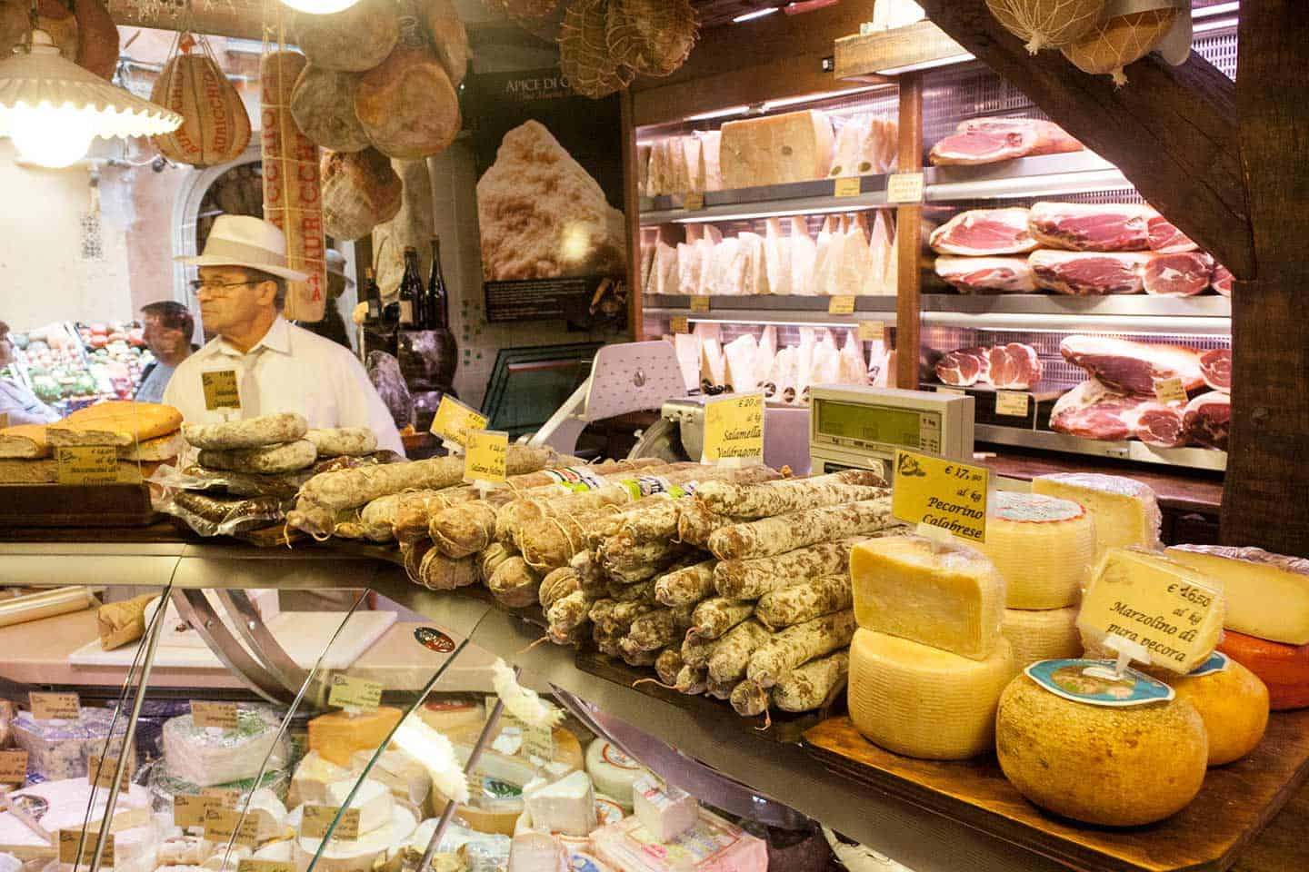 Image of a delicatessen in Bologna Italy