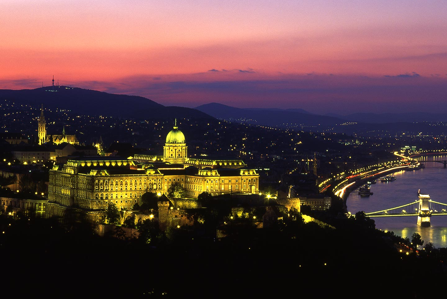 Image of Buda Castle, Budapest at night
