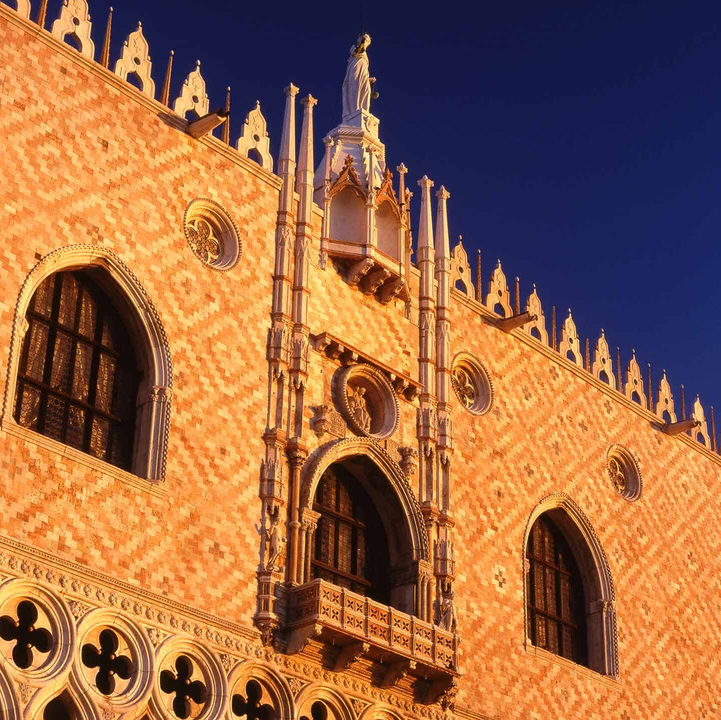 Image of the Doge's Palace in Venice