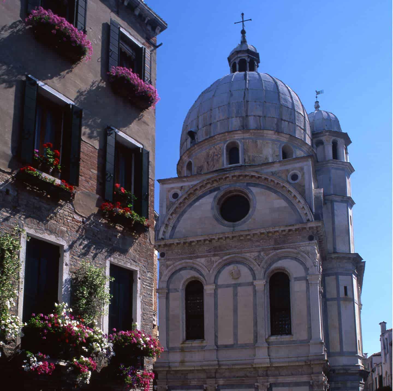 Venice things to see Image of Santa Maria dei MIracoli church