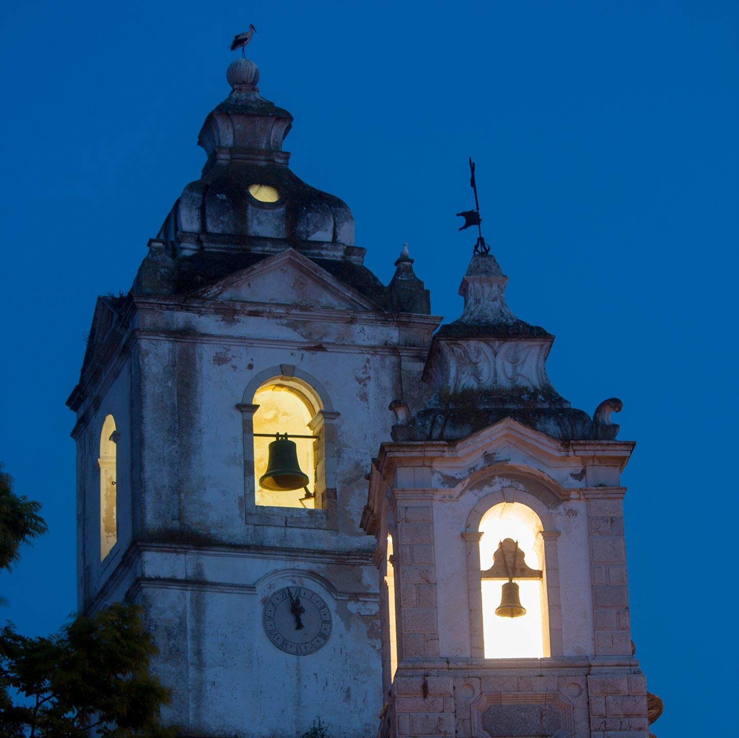 Image of the towers of Igreja de Santo Antonio in Lagos at night