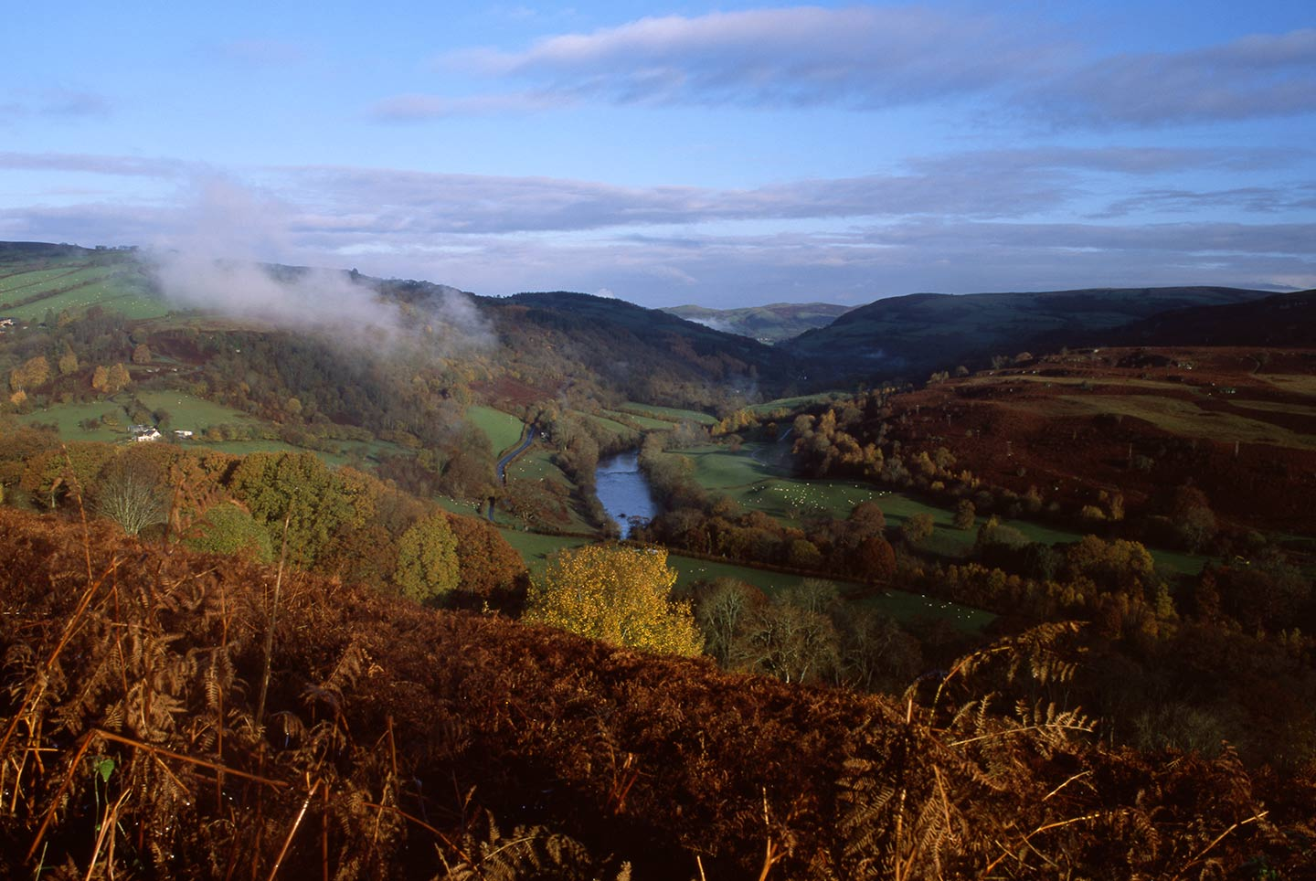 Image of the upper Wye Valley on a serene autumn morning