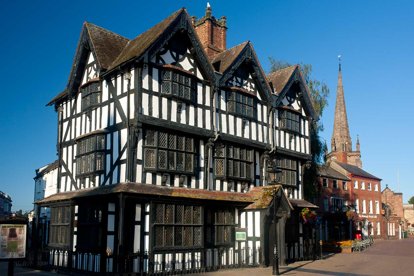 Image of the Black and White House Museum in Hereford, England