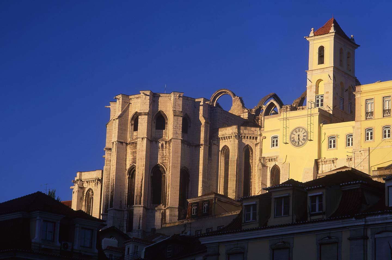 Image of the ruin of the Convento de Carmo, Lisbon