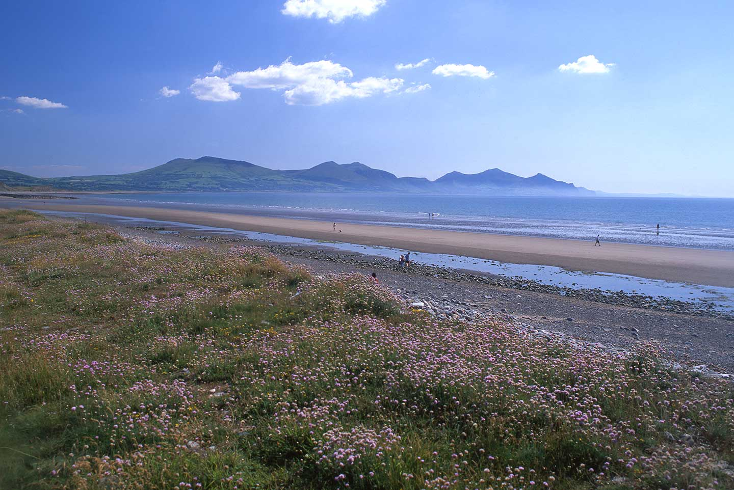 Image of Dinas Dinlle Beach, North Wales