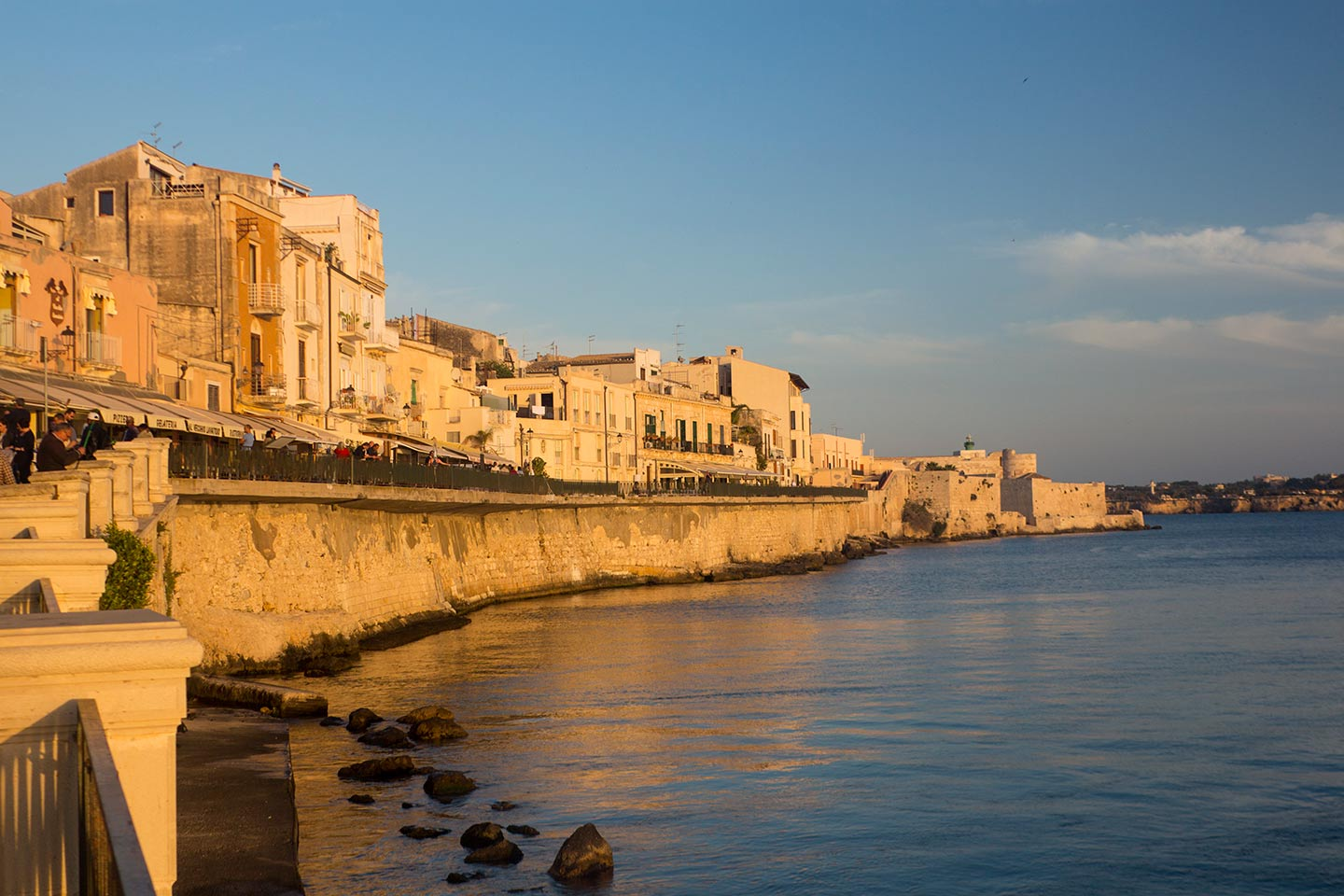 Image of the seafront or lungomare in Ortigia