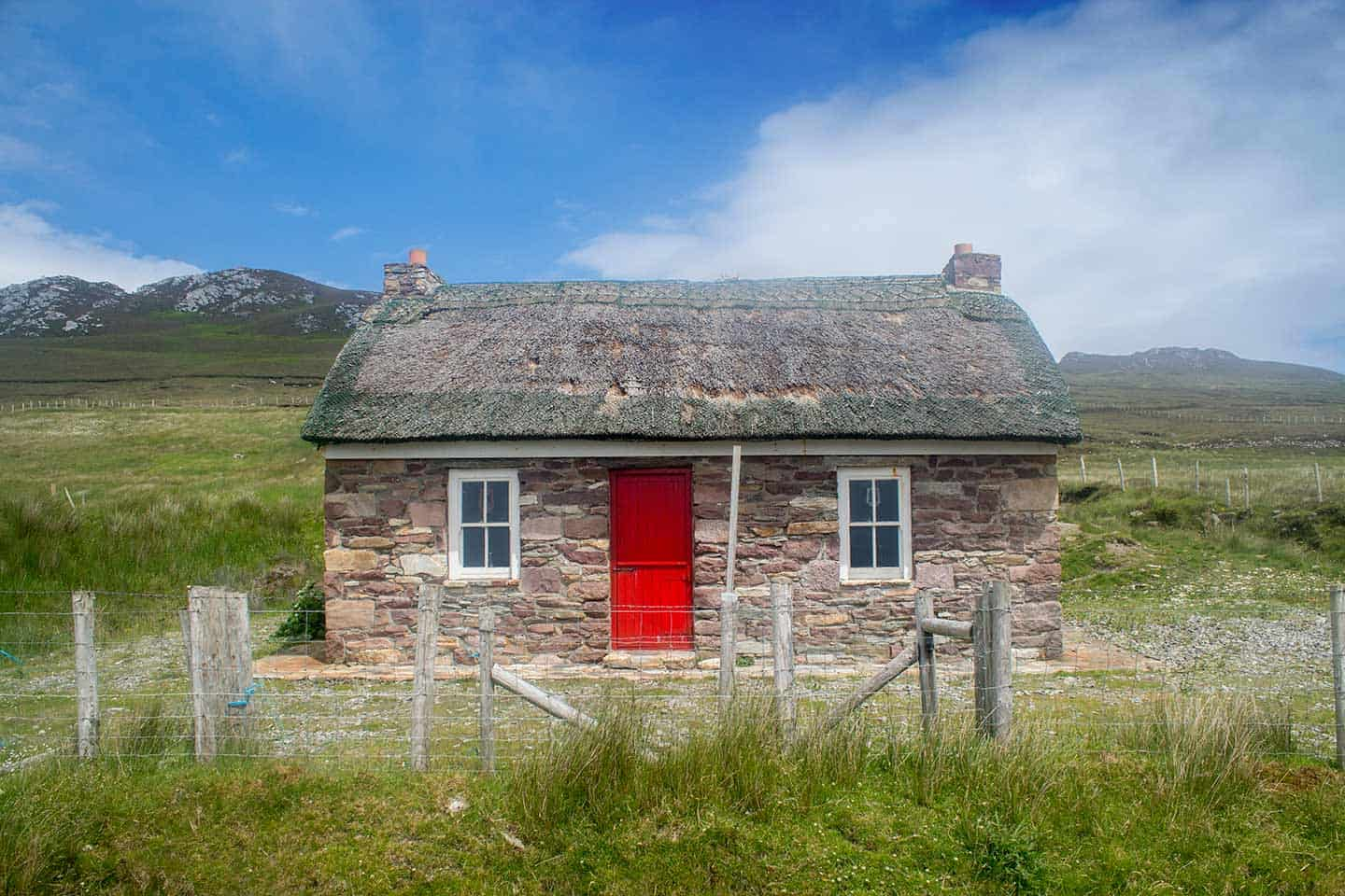 Image of a thatched cottage on Achill Island