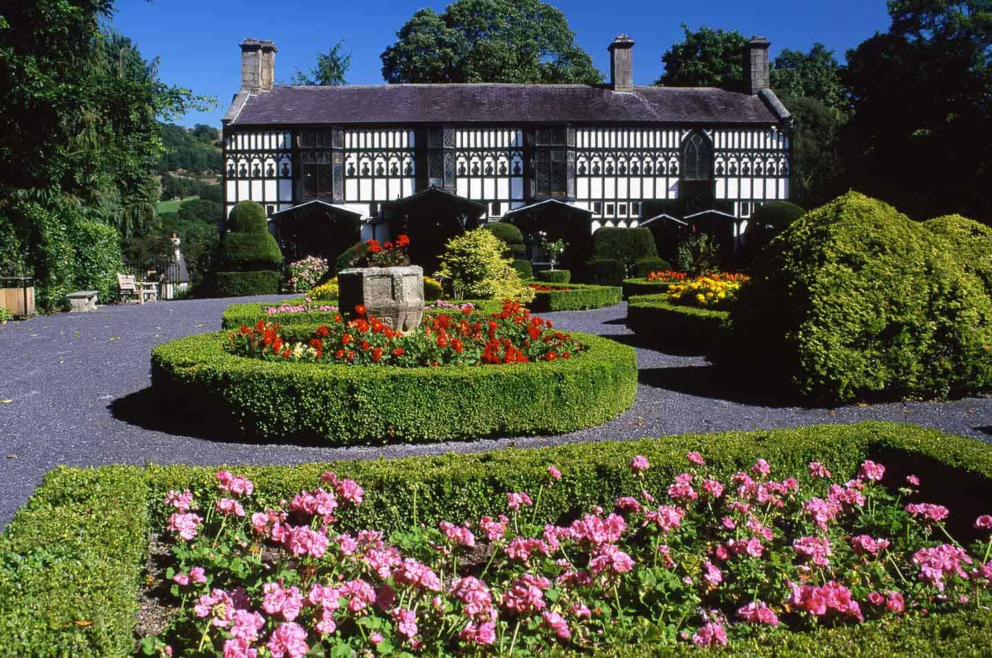 Image of the gardens and house at Plas Newydd, Llangollen
