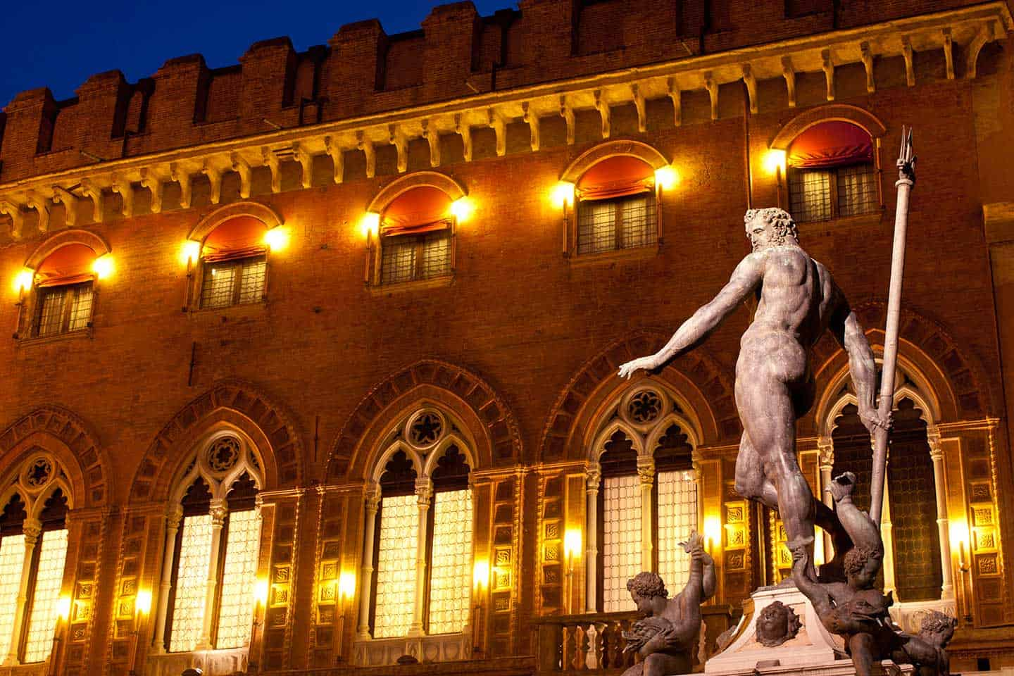 Image of Bologna's iconic statue of Neptune