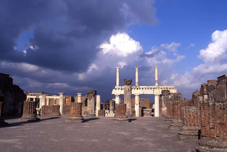 Image of the Basilica at Pompeii