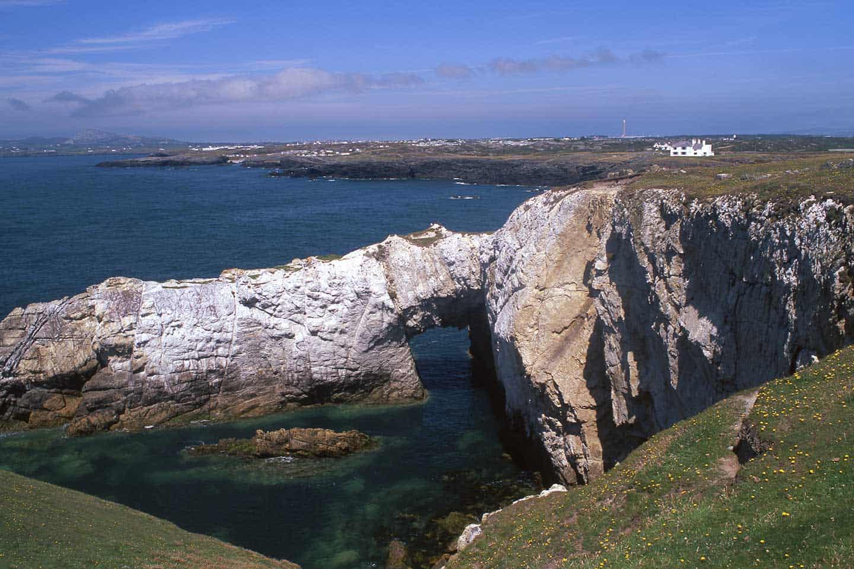Image of Bwa Gwyn sea arch, Holy Island, Anglesey, Wales