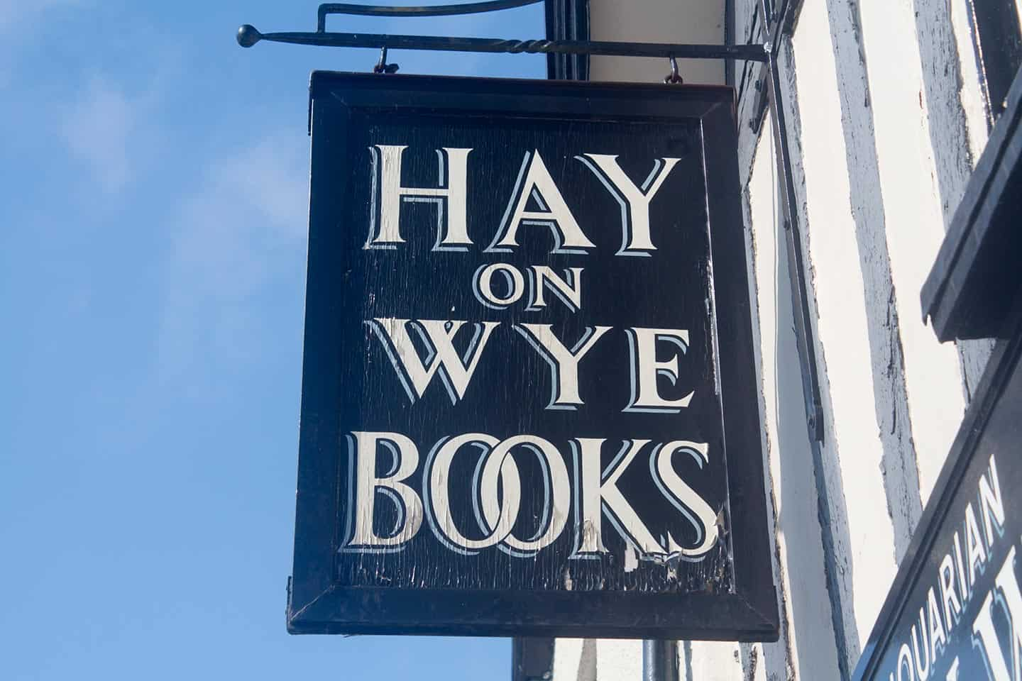 Image of Hay on Wye books sign