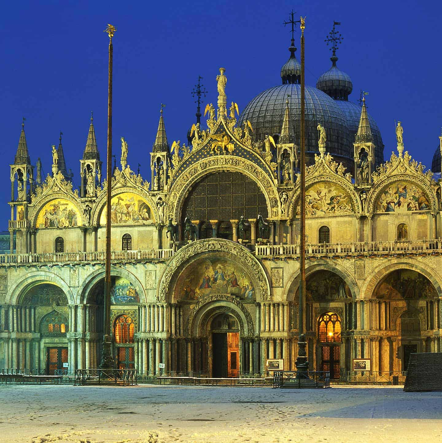 Image of St Mark's Basilica Venice in the snow