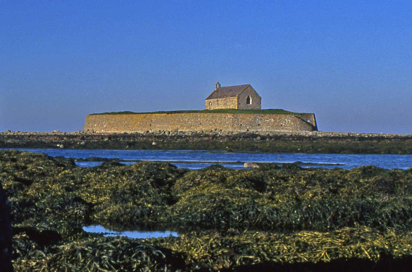 Image of church on island at Porth Cwyfan, Anglesey