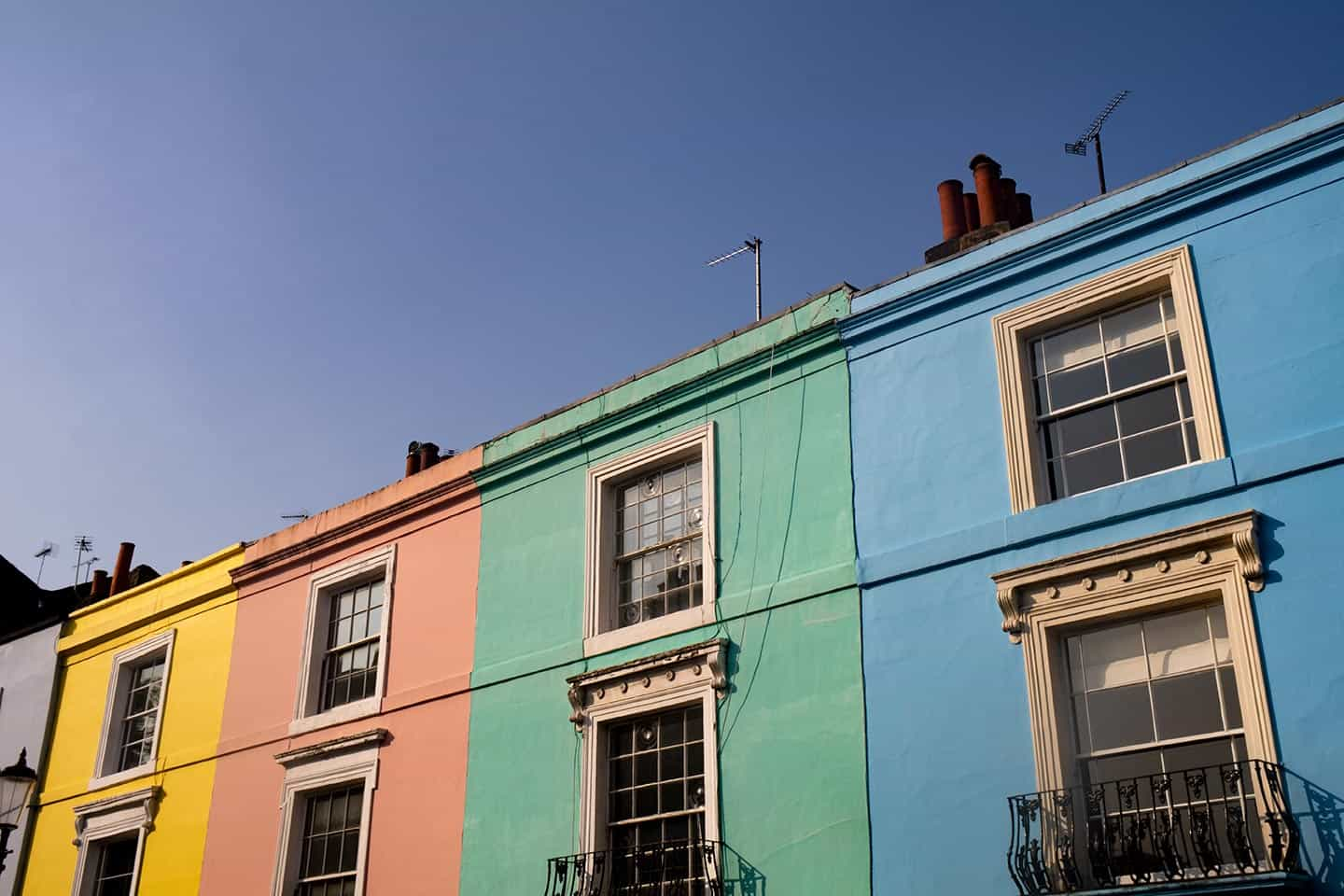 Image of colourful houses on Portobello Road, Notting Hill, London