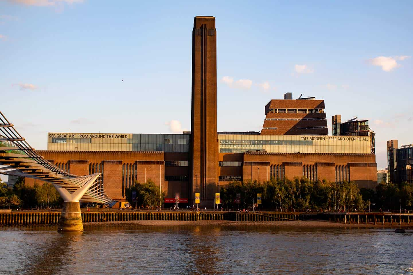 Image of the Tate Modern Art Gallery in London
