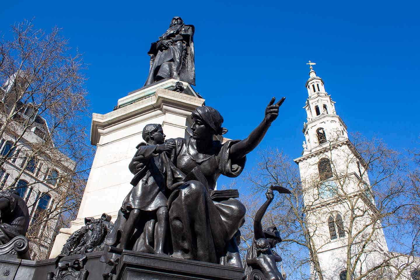 Image of St Clement Danes church and Gladstone Memorial on The Strand, London