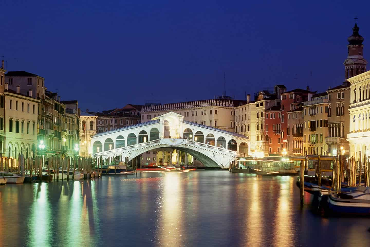 Image of the Rialto Bridge Venice at night