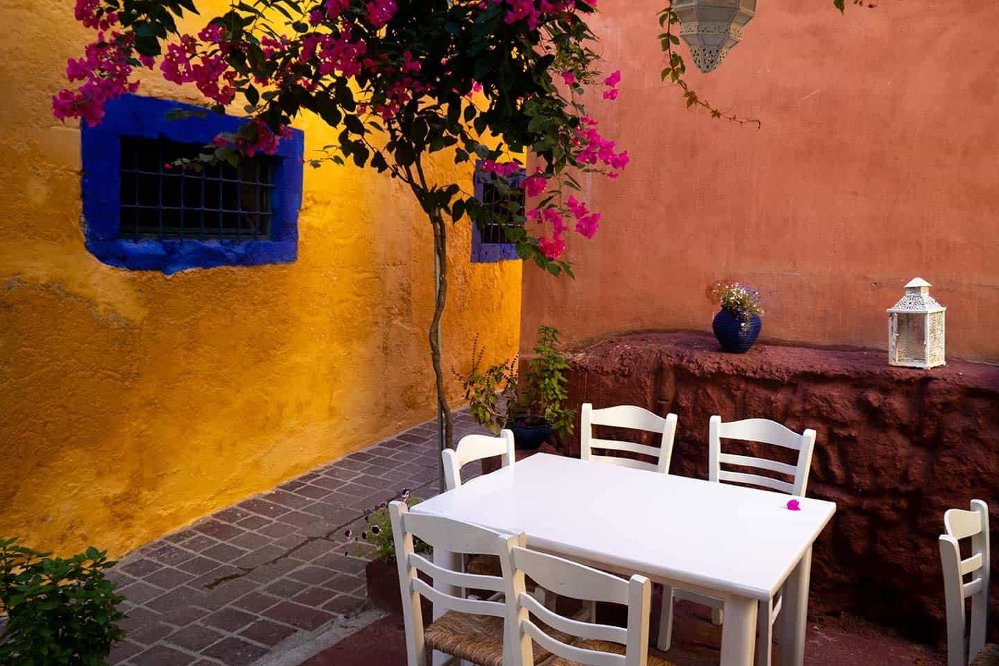 Image of a table in the garden of the Well of the Turk restaurant in Chania Crete Greece