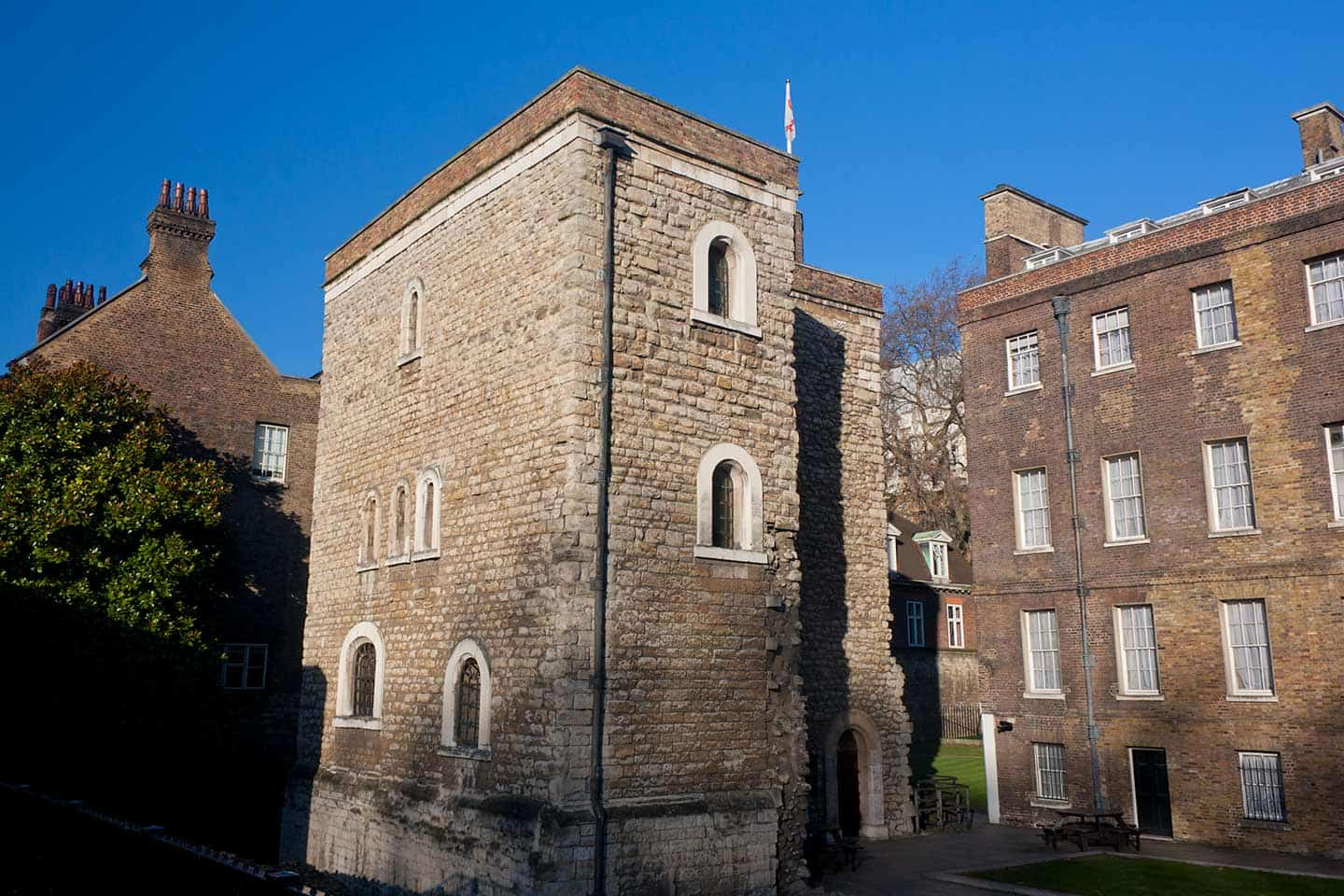 Image of the Jewel Tower in Westminster, London