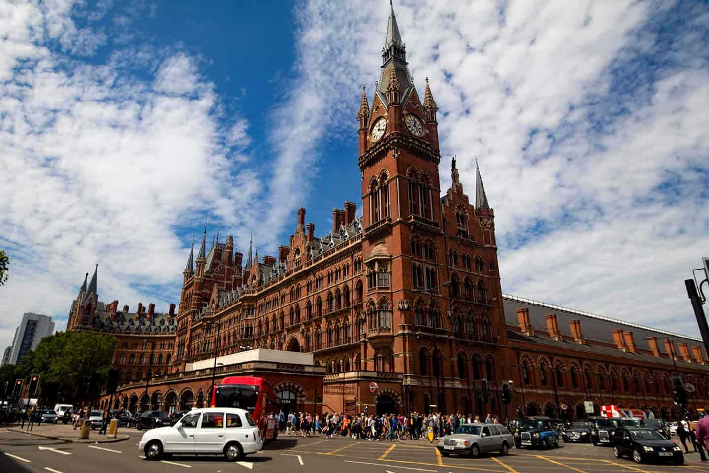 Image of St Pancras station and Renaissance Hotel London