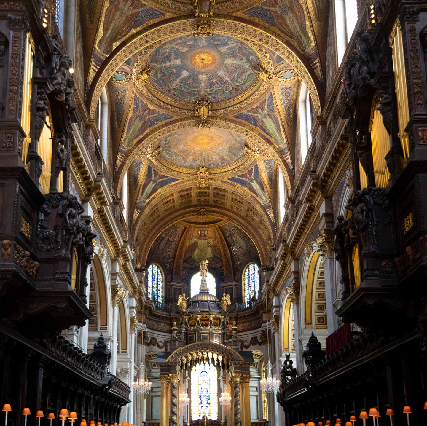 Image of the interior of St Paul's Cathedral in London