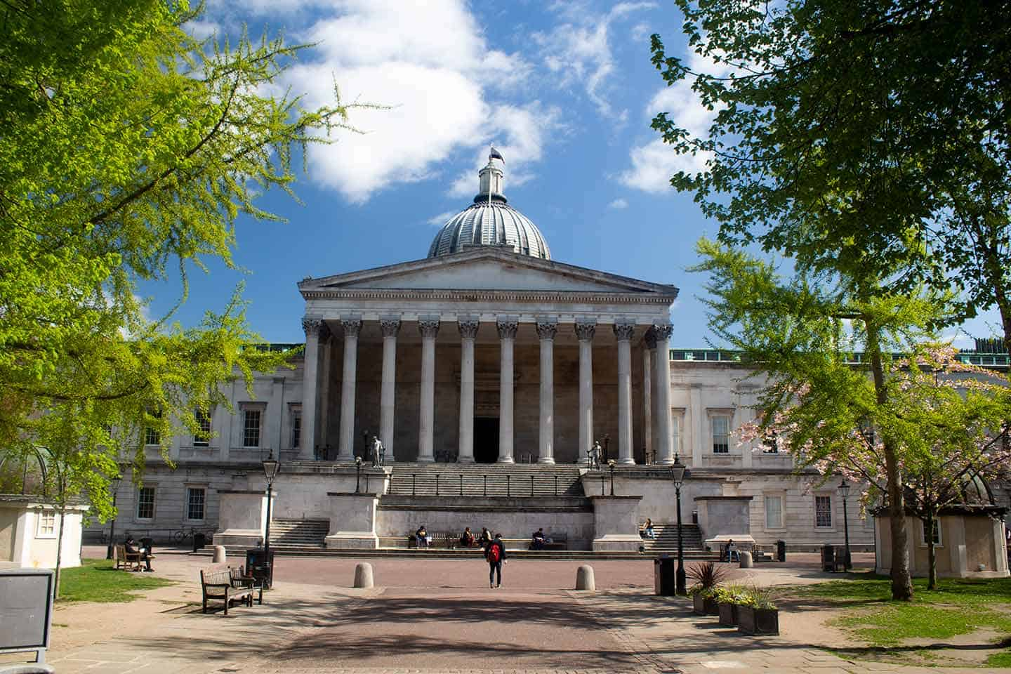 Image of the Wilkins Building at the University College London (UCL)
