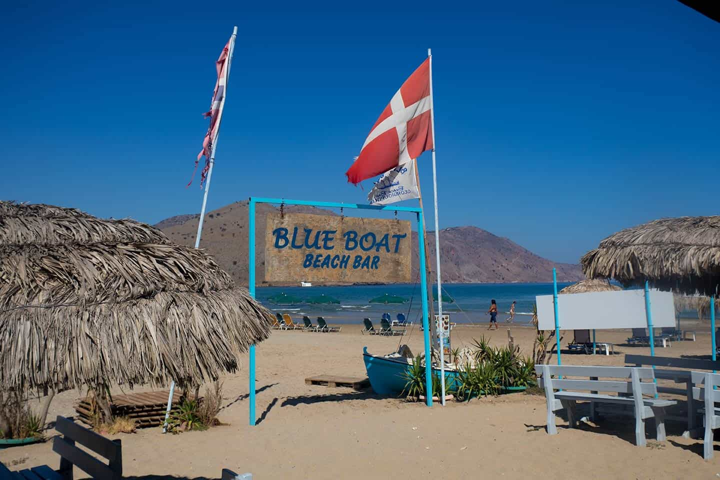 Image of the Blue Boat beach bar in Georgioupolis